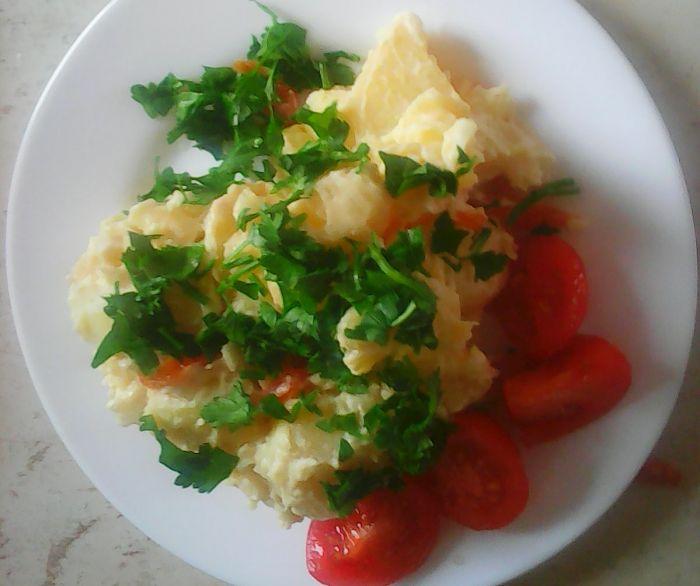 salată de cartofi cu maioneză de soia