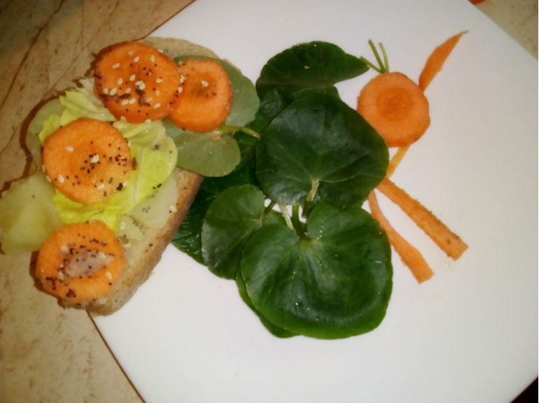 Păun din untișor și morcov