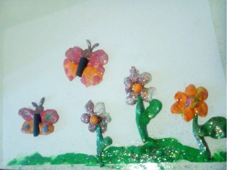 Fructe, flori și fluturi
