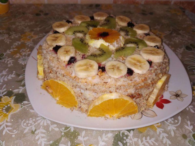 Blaturi pentru tort cu portocale și kiwi