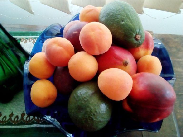 Decor fructiera cu fructe
