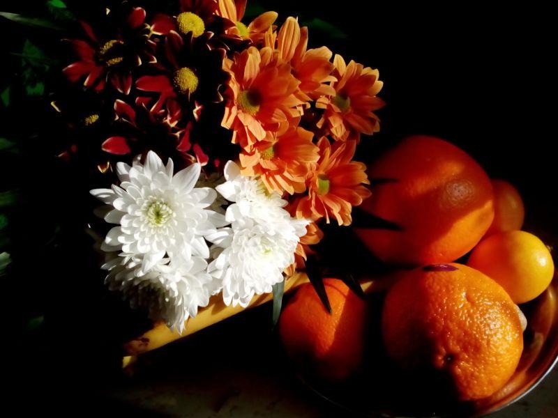 Buchet de crizanteme și fructe - Bouquet de chrysanthèmes et fruits