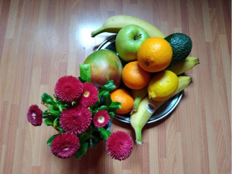 Lamulți ani cu flori și fructe!