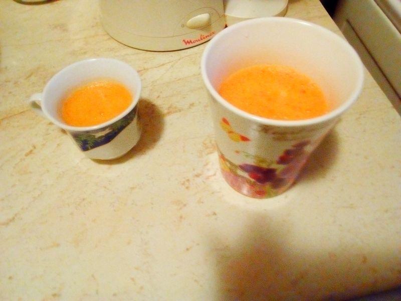 Cure cu suc de morcov și măr