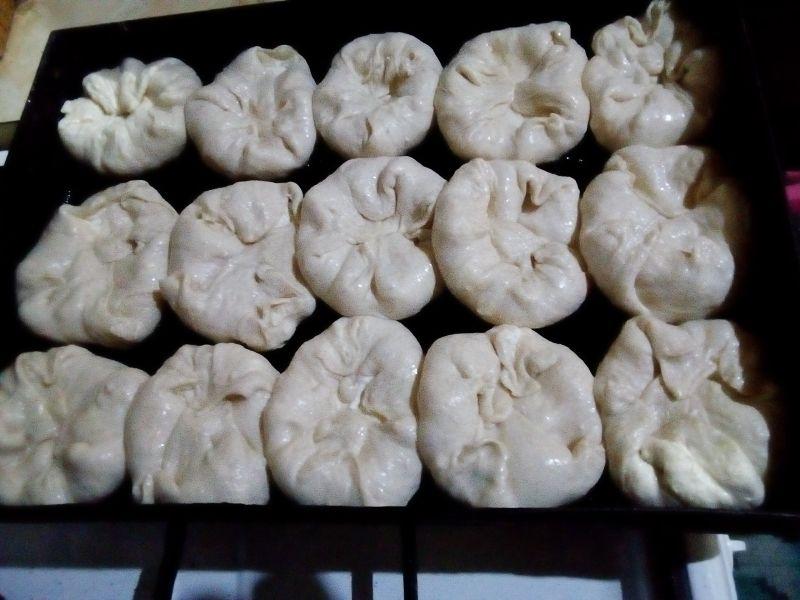 Brânzoaice cu stafide - Poale-n brâu