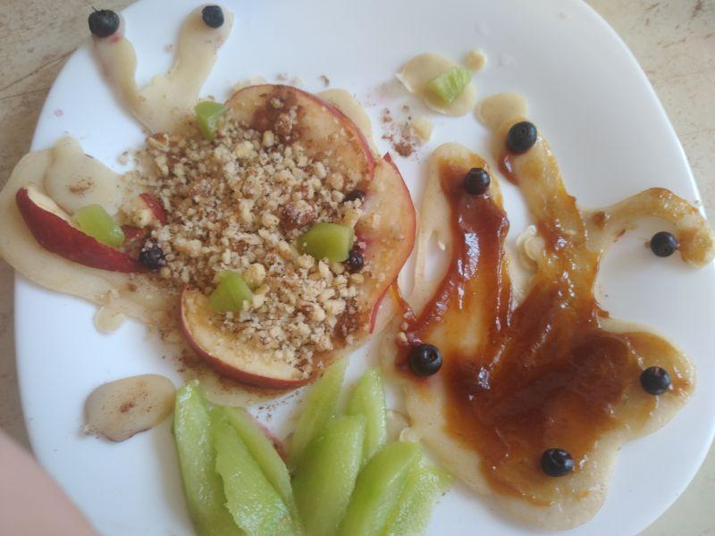 De ziua mamei - decor culinar cu fluturi din fructe