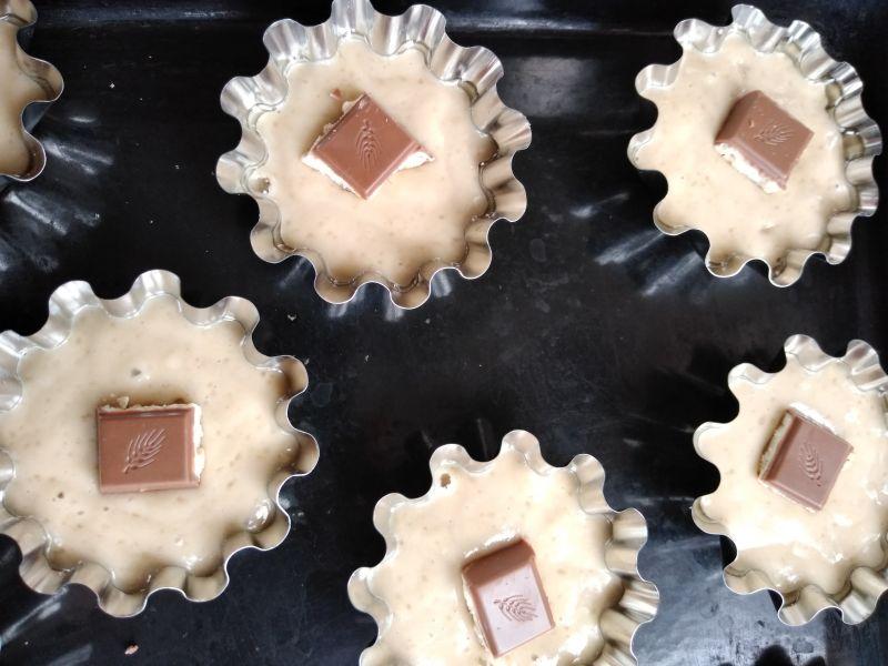 Muffins - brioșe cu fructe uscate