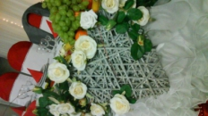 Terapie pentru sănătate – activităţi decorative cu flori şi fructe