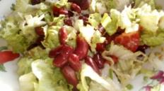 Salată de fasole roșie
