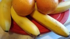 Raze de soare – décor cu fructe