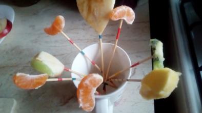 Acadele din fructe